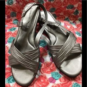 Like NEW- Damiani's- Italy Silver Sandals 12 Wide